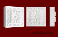 Код товара КВ0010. Элемент оформления дверных проемов: квадратная вставка из гипса. Розничная цена 50 грн./шт.